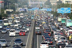 Trung Quốc gắn chip vào tất cả các xe ô tô lưu hành để giám sát người dân