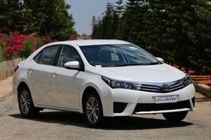 Bảng giá Toyota Corolla Altis tháng 7/2018