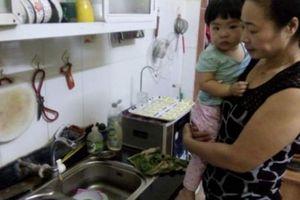 Chuyện lạ: Trong 'chảo lửa' Hà Nội, người dân phải hạn chế tắm giặt