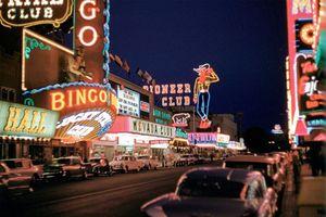 Mãn nhãn sắc màu rực rỡ của Las Vegas thập niên 1960