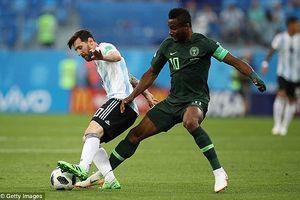 Bố thủ quân Nigeria bị bắt cóc trước trận gặp Argentina