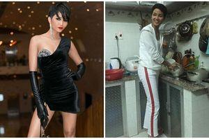 'Song Trinh' ở nhà vẫn phải sexy, Hoa hậu H'Hen Niê lại can đảm diện bộ đồ cũ, nhếch nhác... đi rửa bát