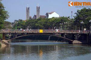 Huyền bí dòng sông 'nắng đục, mưa trong' nổi tiếng ở Huế