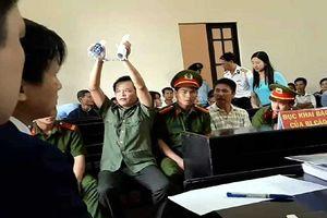 Cựu thiếu tá công an kêu oan tội hủy hoại rừng