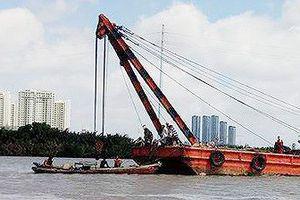 Tìm thấy thi thể 2 người mất tích trong vụ chìm sà lan trên sông Sài Gòn