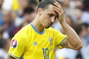 Tội nghiệp Ibra, Thụy Điển thắng mà chẳng cần anh