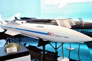Tiêm kích Su-57 như hổ mọc thêm cánh nhờ siêu tên lửa R-37M