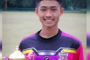 Tài năng của thành viên đội bóng Thái Lan tỏa sáng trong hang tối