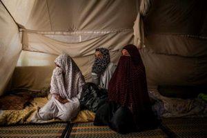 Lối thoát nào cho thân nhân IS mắc kẹt ở Syria?