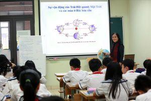 Tranh cãi 'nảy lửa' về đề thi THPT quốc gia: Học trò lứa 2001 'lĩnh đủ'