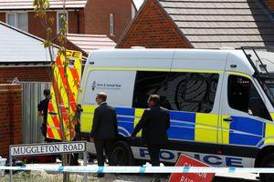 Cảnh sát Anh nhập viện Salisbury vì nghi nhiễm độc ở Amesbury