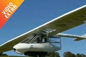 Máy bay một người lái không cần động cơ