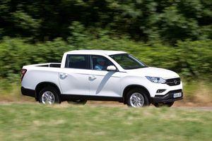 Chi tiết xe bán tải SsangYong Musso giá rẻ vừa ra mắt