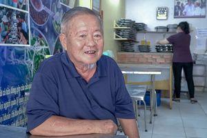 Nhà báo Nam Đồng mang nụ cười đến với người nghèo