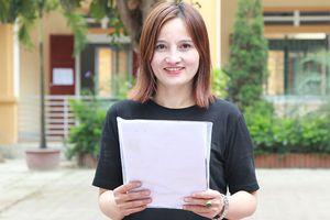 Nữ cựu chủ tịch xã 45 tuổi đạt 8,5 điểm môn văn kỳ thi THPT quốc gia