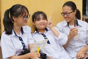 Thi THPT Quốc gia: Điểm thấp nhưng tỷ lệ đỗ tốt nghiệp 'cao ngất'