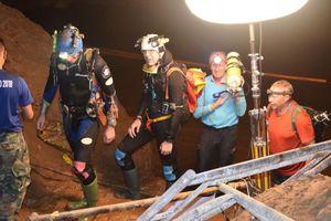 Cuộc giải cứu đội bóng thiếu niên bị kẹt trong hang động: Phép màu quốc tế