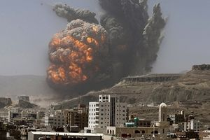 Căn cứ quân sự Syria nổ tung sau đòn không kích ồ ạt của Israel