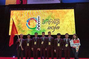 Việt Nam đoạt 1 huy chương vàng Olympic Toán học quốc tế 2018