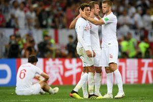 Tuyển Anh bị FIFA phạt trước trận thua Croatia