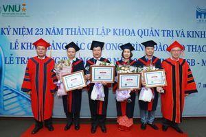 73 học viên cao học đầu tiên của HSB tốt nghiệp