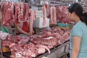 TP.HCM có chợ thực phẩm sạch đầu tiên Để được kinh doanh, buôn bán trong chợ thực phẩm sạch, các tiểu thương tại chợ phải đáp ứng 3 tiêu chí cơ bản: có giấy phép kinh doanh, có giấy xác nhận đủ điều kiện ATVSTP và hàng hóa vào chợ phải có nguồn gốc.