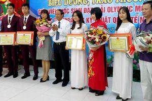 Hải Phòng dành hơn 1 tỷ đồng khen thưởng học sinh đoạt giải quốc tế
