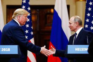 Thượng đỉnh Trump-Putin: John McCain nói ông Trump có 'màn thể hiện nhục nhã'