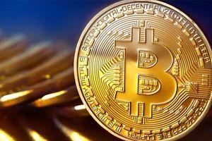 Giá Bitcoin bất ngờ tăng mạnh, vượt mốc 7.000 USD