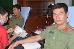 Một cán bộ Công an Sóc Trăng 22 lần hiến máu tình nguyện