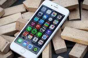 Công nghệ 24h: iPhone khóa mạng khiến cho khách hàng dùng không được, bán không xong