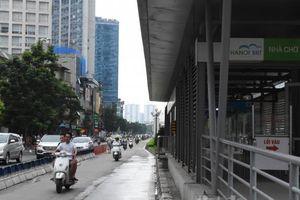 Vô tư lấn làn xe buýt nhanh BRT