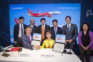 Boeing và Vietjet ký Hợp đồng mua 100 máy bay B737 Max