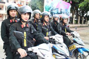 Những 'bông hồng thép' trong lực lượng cảnh sát đặc nhiệm