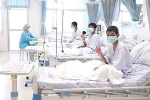13 nạn nhân mắc kẹt trong hang Tham Luang xuất viện