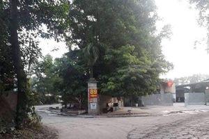Hà Nội: Bến xe 'dù' ngang nhiên hoạt động, chính quyền có làm ngơ?