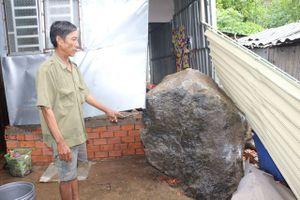 Kiên Giang: Đá nặng hàng tấn từ trên núi lăn xuống nhà dân