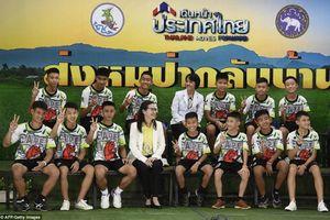 Ảnh: Cuộc tái xuất đầy ngoạn mục của đội bóng thiếu niên Thái Lan