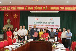 Hội Chữ thập đỏ Việt Nam hợp tác với Hiệp hội Chữ thập đỏ - Trăng lưỡi liềm đỏ quốc tế