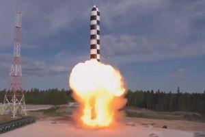 Cận cảnh dàn vũ khí mới tối tân của Nga