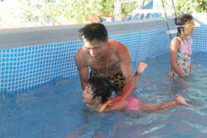 Trả món nợ ân tình, thầy giáo làng hơn 12 năm dạy bơi miễn phí