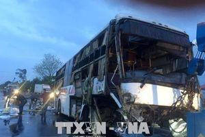 Vụ lật xe khách tại Bình Thuận: Hỗ trợ 5 triệu đồng cho gia đình có người tử nạn
