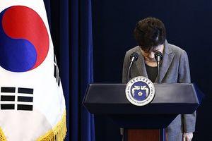 Tiếp tục bị phát hiện biển thủ, bà Park Geun-hye ngồi tù thêm 8 năm