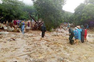 Dự báo thời tiết: Mưa trắng trời, lũ dồn dập cuốn trôi 4 người tại Thanh Hóa