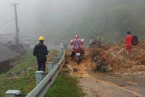 Thanh Hóa: Mưa bão gây sạt lở nghiêm trọng trên tuyến đường huyết mạch