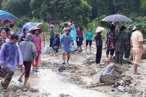 Lũ quét ở Lang Chánh: Các cấp Hội địa phương chung tay giúp đỡ bà con