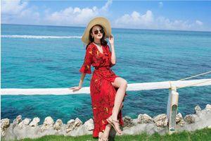 5 kiểu váy đi biển dù vali chật đến đâu cũng phải cố nhét mang theo