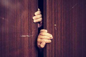 Trưởng công an xã bị tố có quan hệ ngoài luồng