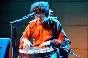 Nhạc sĩ Ngô Hồng Quang: Kết nối nhưng không bị lai căng