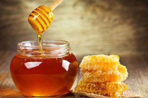 Thực hư việc đắp đường, mật ong, nghệ để vết thương hở mau lành